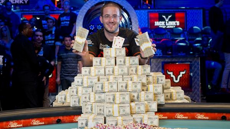 Greg Merson, champion WSOP Main Event 2012