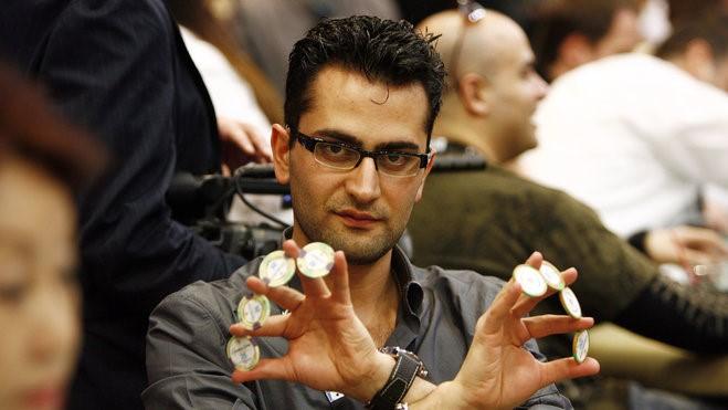 Flop Antonio Esfandiari