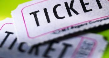 Ticket Premium Poker et Pari Sportif : sites où jouer ?